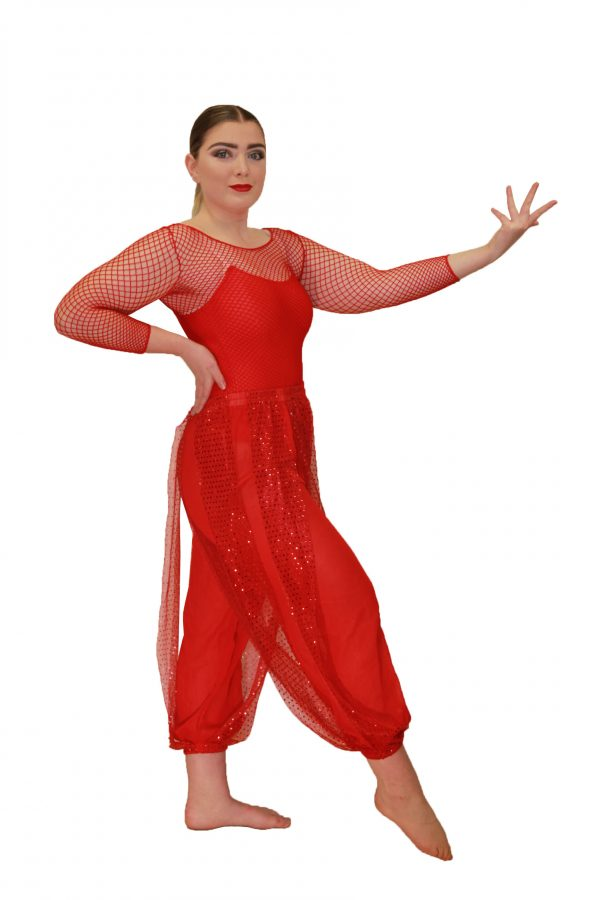 Red Bollywood - Set